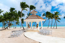 Best Destination Wedding Travel Agent